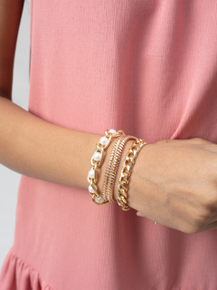 Accessories-The Pearly Affair Bracelet Set