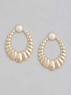 Pretty In Pearl Earrings