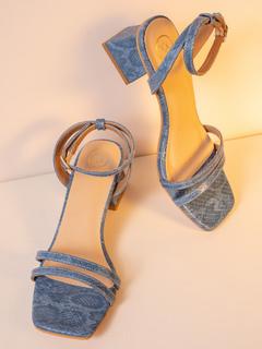 Shoes-Blue Make A Classic Move Heels