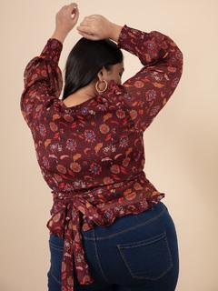 Apparel-A Floral Twist Top