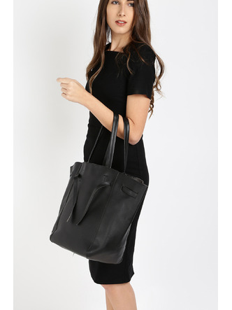Hand Bags-Black Tied To Fashion Handbag1