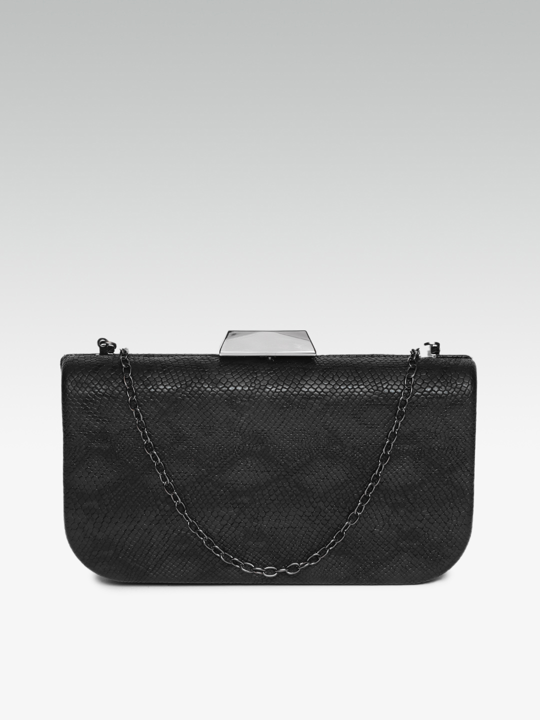 Clutches-Black The Attention Seeker Clutch2