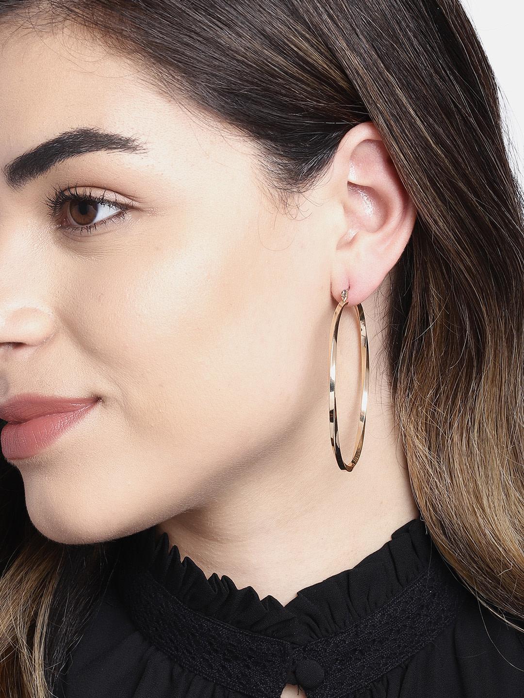 Earrings-Hooked On Hoop Earrings3