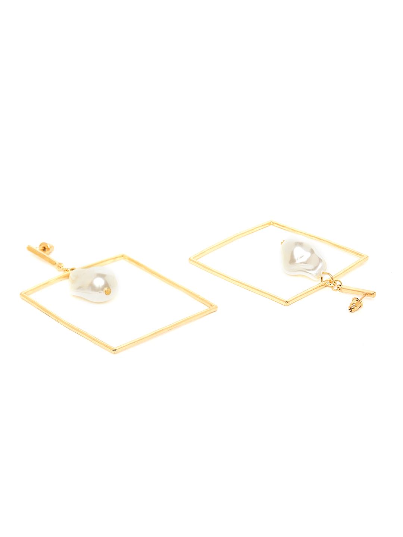 Earrings-Box Them Pearl Earrings2