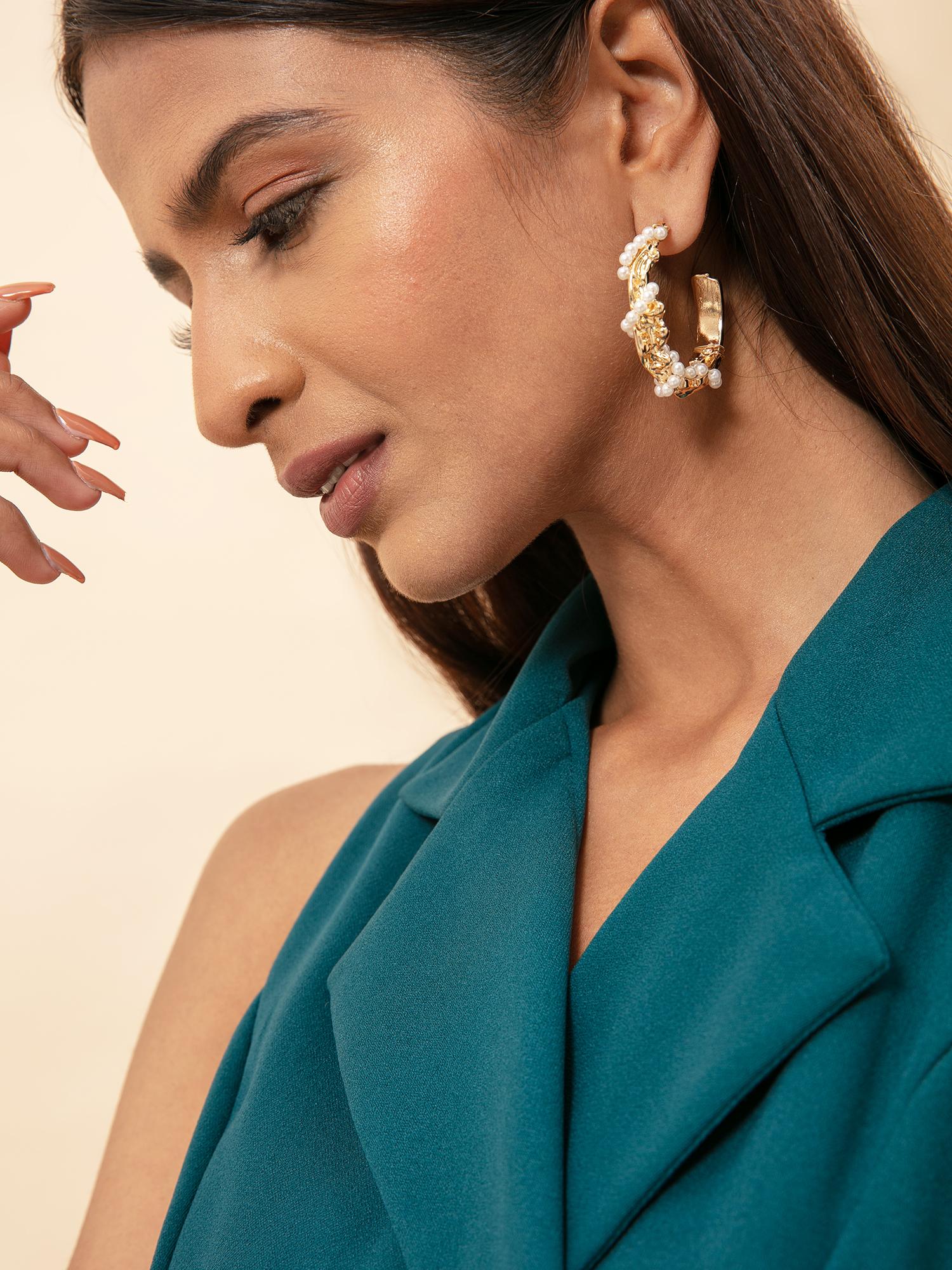 Earrings-The Perfect Pearl Earrings1
