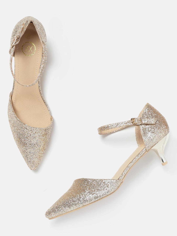 Heels and Wedges-The Golden Party Girl Block Heels1