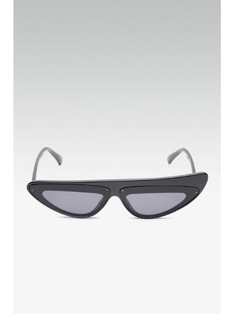 Sunglasses-Retro Chick Black Sunglasses1