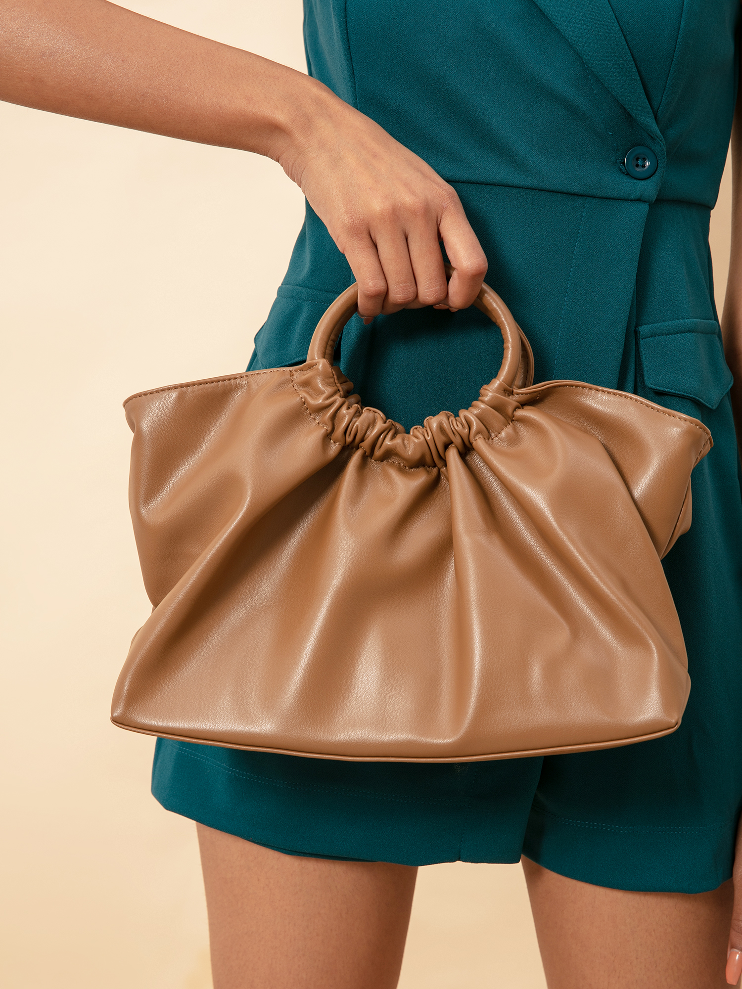 Slings-The Trendy Vibes Sling Bag8