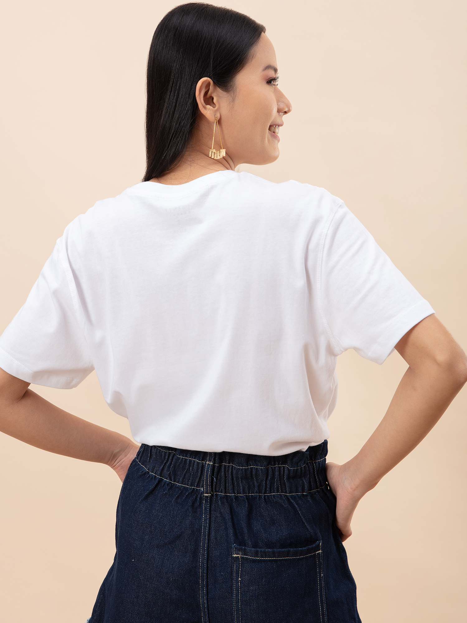 Tops-Oversized Love White T-shirt3