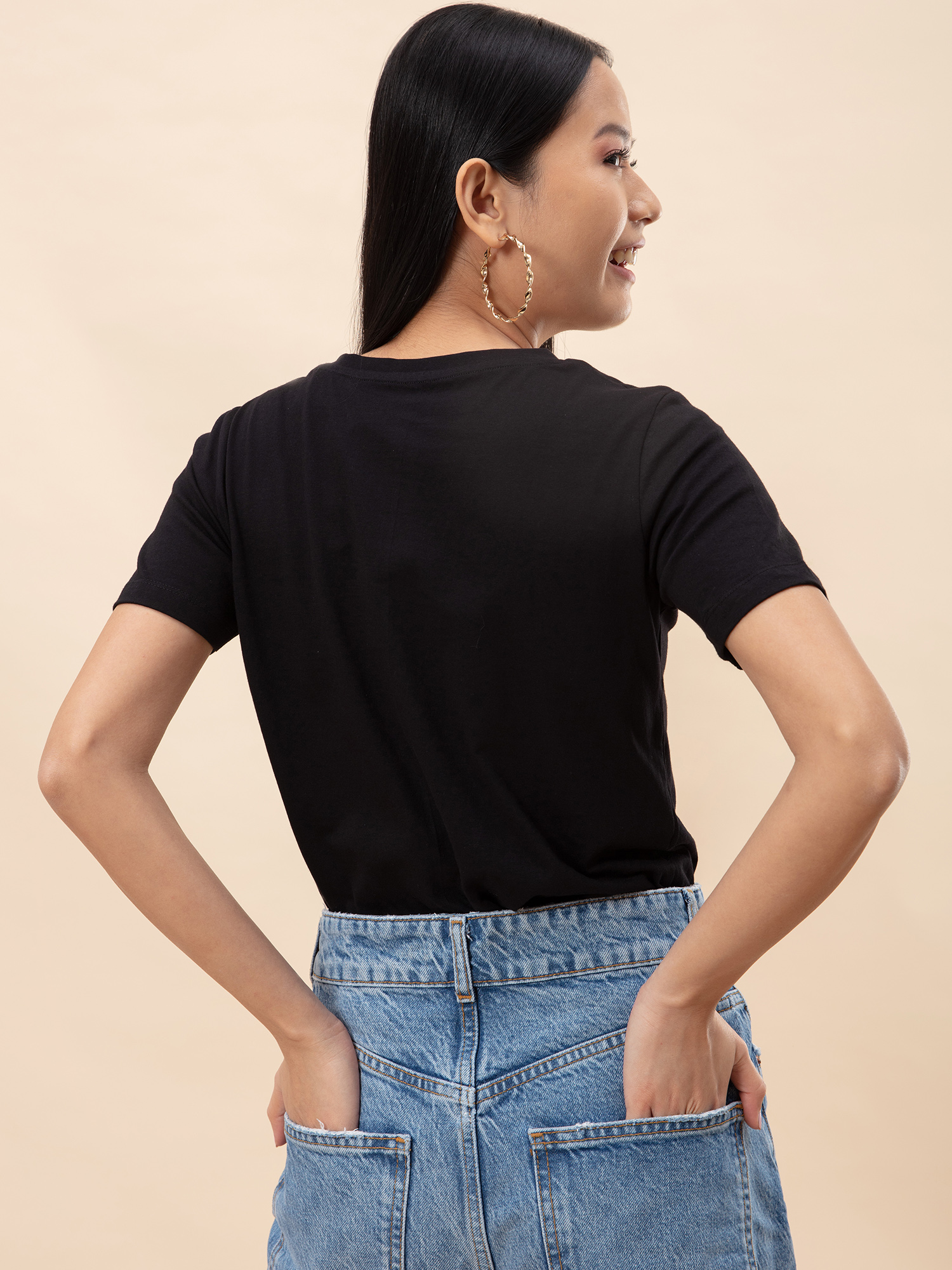 Tops-All About The Basics Black T-shirt3