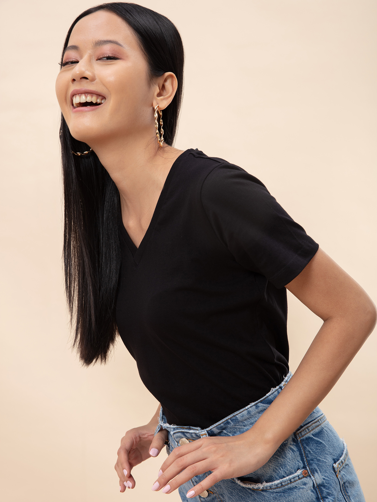 Tops-All About The Basics Black T-shirt4