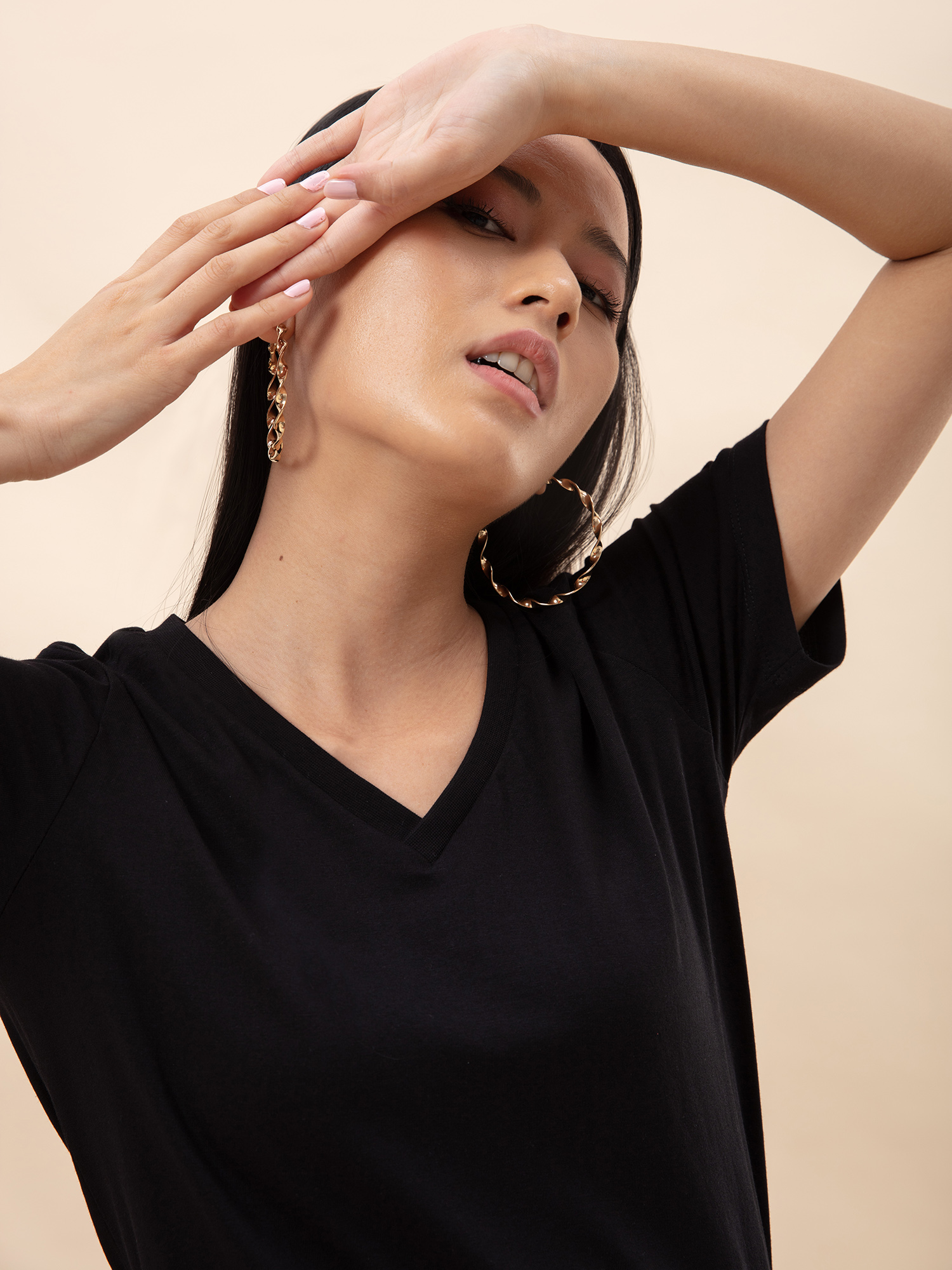 Tops-All About The Basics Black T-shirt5