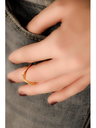 Rings-Up The Hill Midi Ring1