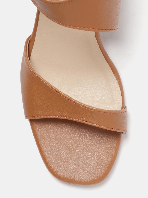 Heels and Wedges-We Found The Vogue Block Heels5