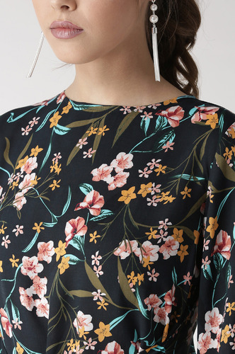 Tops-Knotted In Florals Top