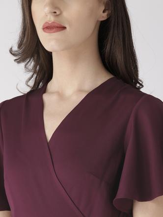 Dresses-Living It Up Wine Midi Dress