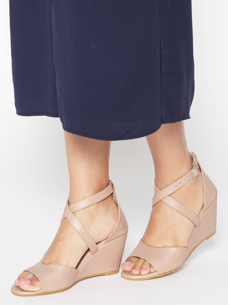 Heels and Wedges-Living On The Edge Wedges