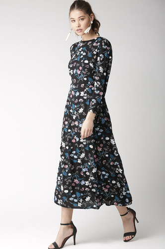 Dresses-Twirling In Floral Flair Midi Dress